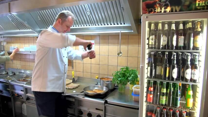 Video 1 Profi Grill