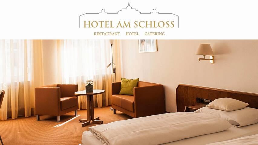 Video 1 Hotel Am Schloss Schlossgaststätte