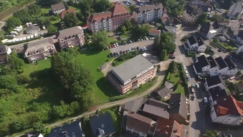 Video 1 Caritas Hagen - Pflegeausbildung - Schulische Ausbildung in Pflegeberufen u. Fort- u. Weiterbildung