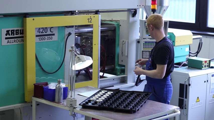Video 1 Kläger Spritzguss GmbH & Co. KG