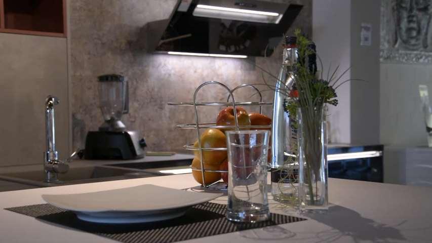 Video 1 Küche 3000